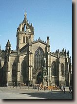 ST Giles Cathedral from the top of the mound